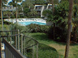 Surf Court 64 - 2 bedroom Townhouse - Short Walk to the Ocean.