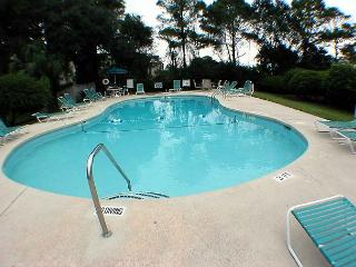 Beachwood's Oceanfront Pool
