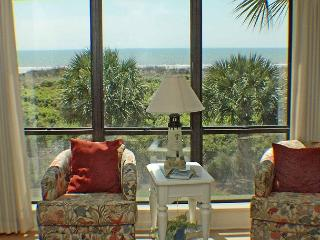 Shorewood 205 - Great Views Oceanfront 2nd Floor Condo