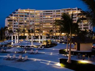Beachfront Bucerias - DelCanto Private Residences, Nuevo Vallarta