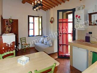 Casa Gladiolo I, Riparbella