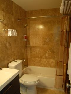 West Suite Luxury Italian Travertine Tile