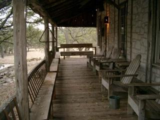 Hill Country Bungalow, Fredericksburg