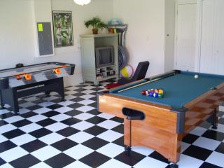 Have fun in the Private Games room