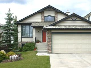 Gleneagles Private Home - 3 bedroom suite, Cochrane