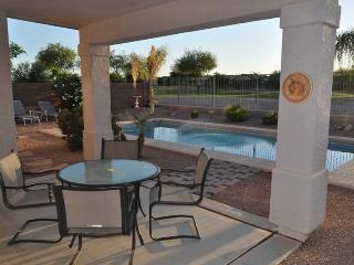 Heated Pool Fantastic view home on the Golf Course, Queen Creek