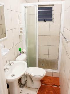 Cosy Corner - Second Shower Room