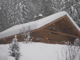 Skier's Paradise, Revelstoke