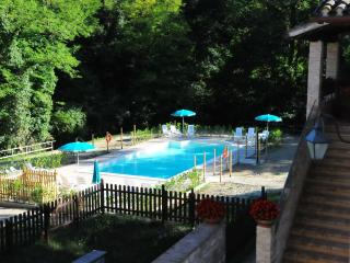 Holiday homes  in the green hills of Umbria, Gubbio