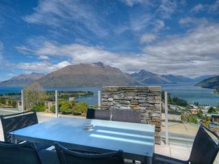 Eagles Rest luxury apartment Queenstown NZ