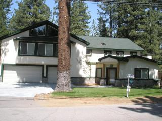 Tahoe Mountain Elegance-Custom built-permit#005366, South Lake Tahoe