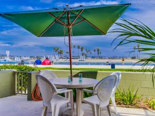 Bayfront Beauty.  Huge waterfront outdoor patio!, San Diego