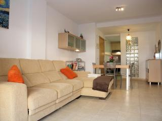 Apartment 1¨ from the Beach,15´´ from Valencia, Pucol