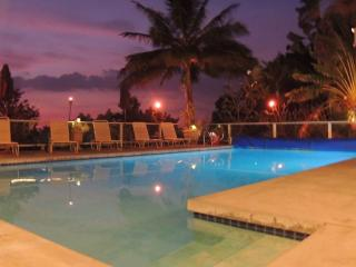 Spring Dates! Large Pool Home ~ Location ~HotTub, Kailua-Kona