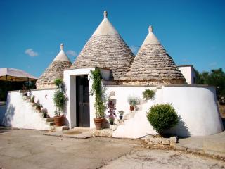 Trullo della Pace, Salento, Puglia, magnificent historical trullo, San Vito dei Normanni