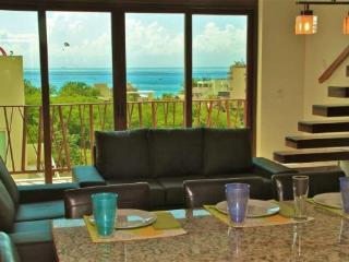 Very Unique 2 Bedroom Plus Loft with Ocean View -El Marine, Playa del Carmen
