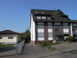 Luxury Vacation Apartment in Koblenz-Wallersheim (# 1771) ~ RA60208, Coblença