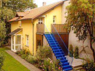 Vacation Apartment in Bamberg - 590 sqft, quiet, comfortable, Wi-Fi (# 1873)