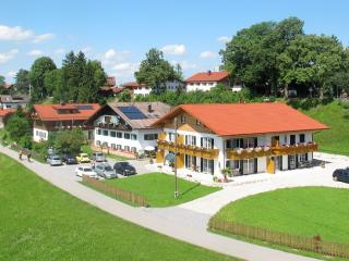 LLAG Luxury Vacation Apartment in Schwangau - 753 sqft, quiet, beautiful, relaxing (# 1438)