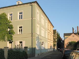 Vacation Apartment in Bamberg - 807 sqft, spacious, quiet location, near heart of town (# 1423)