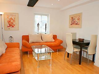 Vacation Apartment in Wetzlar - 484 sqft, central location, modern (# 83)