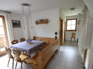 Vacation Apartment in Garmisch-Partenkirchen - 990 sqft, nice, clean, relaxing (# 962)