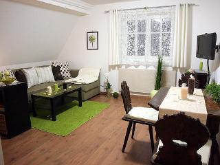 Vacation Apartment in Bad Windsheim - 452 sqft, SAT-TV, sauna usage, historic building (# 1069)