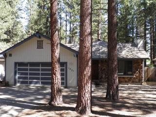 1421 Meadow Crest Cabin, South Lake Tahoe