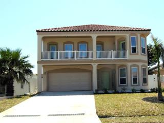 6BDRM/4BTH, HEATED POOL, BILLIARD,3HOUSES FR BEACH, South Padre Island