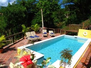 Cinnamon Beach Villa Paradise nestled in the hills, Gros Islet