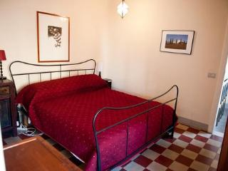 Sink into memory foam comfort and dream La Dolce Vita. Antiques, storage plus!