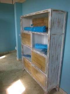Towel storage in upstairs master bath