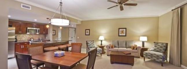 The great room in Suite 513 Konea