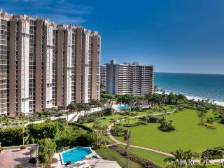 SAVOY 1404 AT PARK SHORE, Naples
