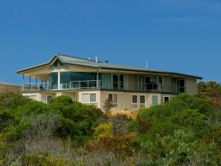 Kangaroo Island luxury - Island Beach Lodge, American River