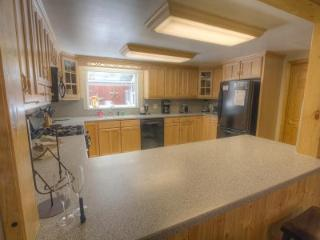 Adorable and Charming home for your trip to Lake Tahoe ~ RA45223, South Lake Tahoe