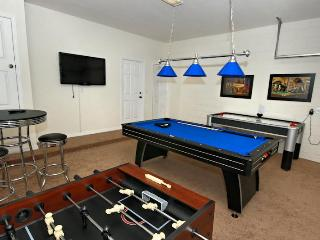 Games Room with Flat Screen TV