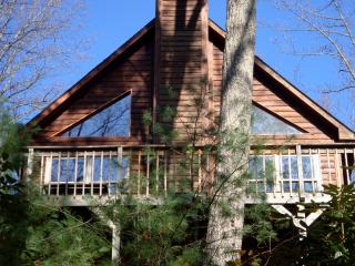 "Click ""book"" for quote/reserve Happy Ours cabin, Butler"