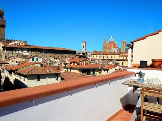 1 Bedroom Penthouse Apartment with Spectacular Views at Neri Terrace, Florencia