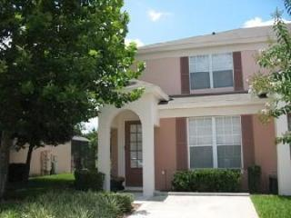 Sunkissed Palms Getaway - Luxury Townhome (BBB A+), Kissimmee