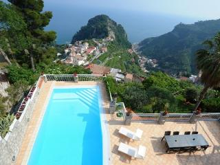 Villa Nuvola  House rental near Ravello