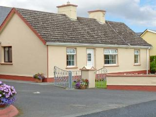 K C COTTAGE, pet friendly, with a garden in Quilty, County Clare, Ref 10373