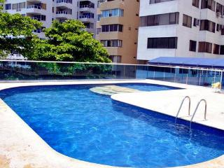 Beautiful Rental Apartment W/ Excellent reviews! We invite you to check us out!