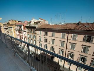 Rome Apartment near the Coliseum - Arcobaleno