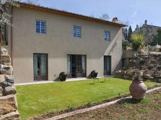 Settignano Estate - Three vacation villa home rental italy, tuscany, florence