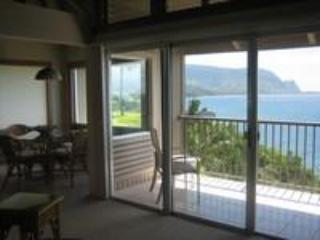 JUNE  SPECIAL $199 - PALE KE KUA ,  SPECTACULAR OCEAN AND HANALEI  BAY VIEWS