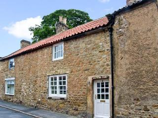THE OLD DAIRY, pet friendly, character holiday cottage, with a garden in Gainfor