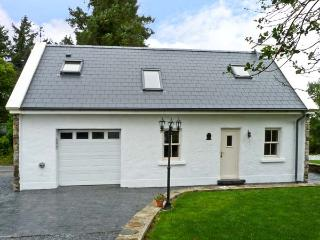 NED DARCY'S COTTAGE, romantic, country holiday cottage, with open fire in Oughterard, County Galway, Ref 8856