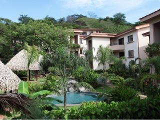 Two Bedroom Condo Between Coco and Playa Ocotal