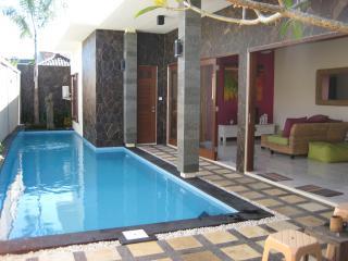 Rumah Macca 3 Bedroom Villa Legian Bali
